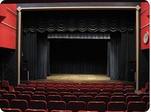 あかいくつ劇場2.jpg