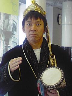 カザフスタン衣装101023_1327~01.jpg